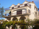 Apartments and Rooms just 20m from the sea